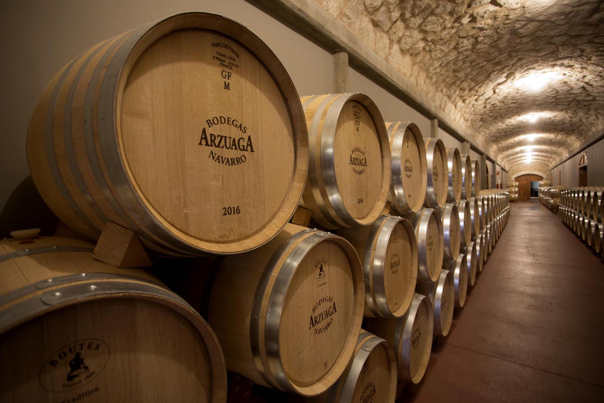 Bodegas arzuaga baril room