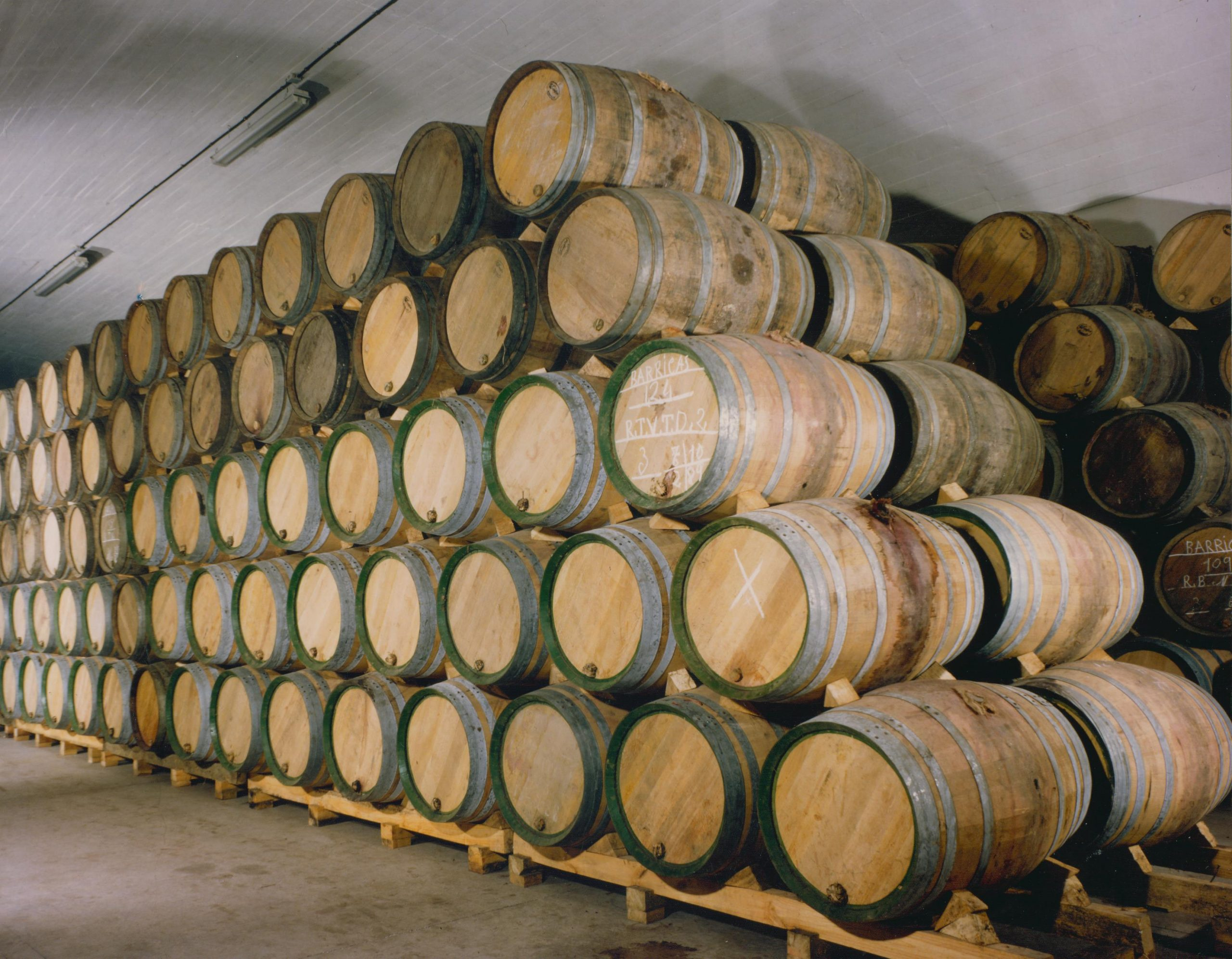 bodegas amezola barrel room